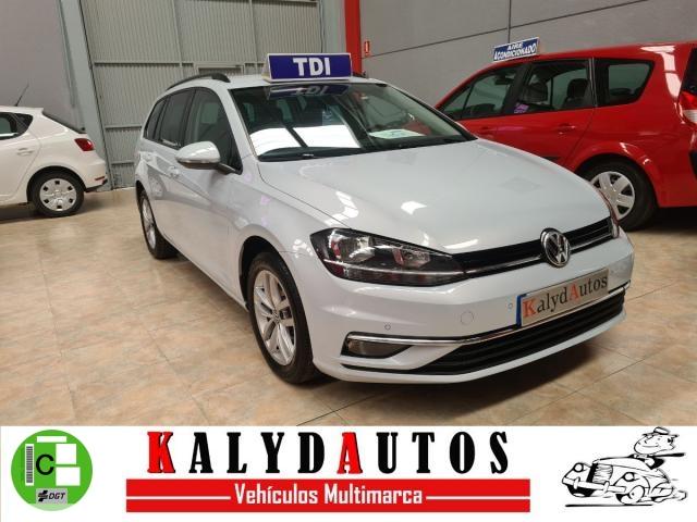 Volkswagen Golf Variant ocasión segunda mano 2017 Diésel por 11.500€ en Murcia