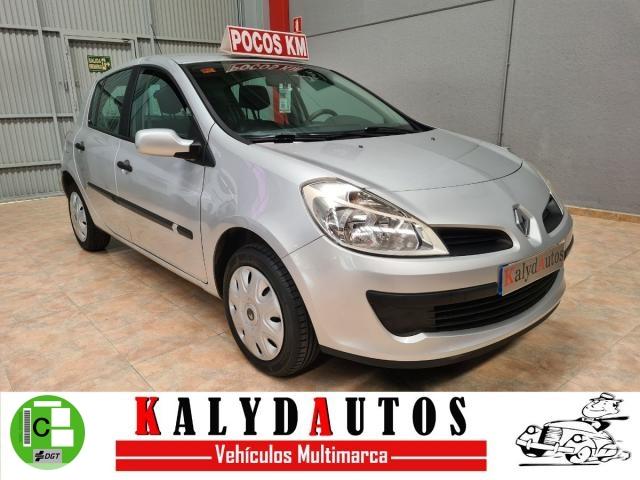 Renault Clio ocasión segunda mano 2006 Gasolina por 3.990€ en Murcia