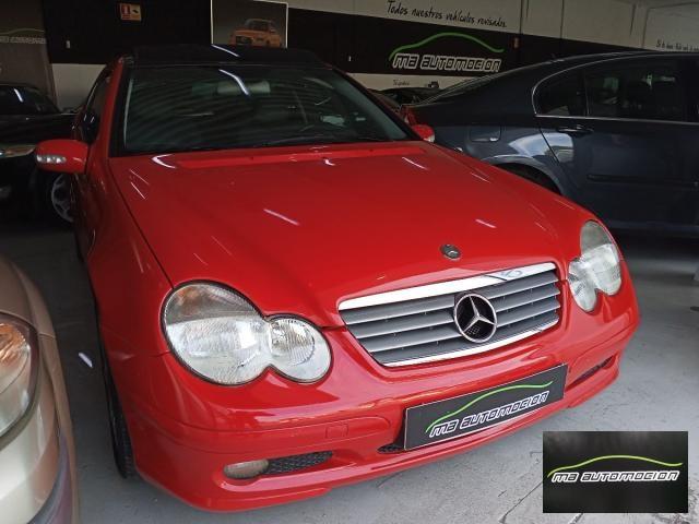 Mercedes Benz Clase C ocasión segunda mano 2002 Gasolina por 4.500€ en Valencia