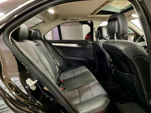 Foto Mercedes Benz Clase C 13