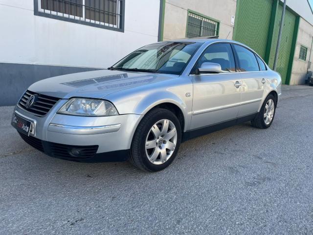 Volkswagen Passat ocasión segunda mano 2003 Diésel por 2.999€ en Jaén