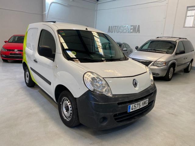 Renault Kangoo ocasión segunda mano 2012 Diésel por 4.900€ en Badajoz