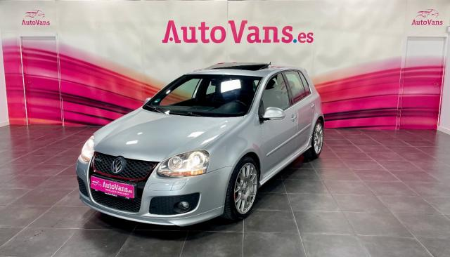 Volkswagen Golf ocasión segunda mano 2007 Gasolina por 13.995€ en Córdoba