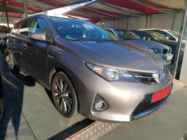 Toyota Auris ocasión segunda mano 2014 Gasolina por 8.995€ en Málaga
