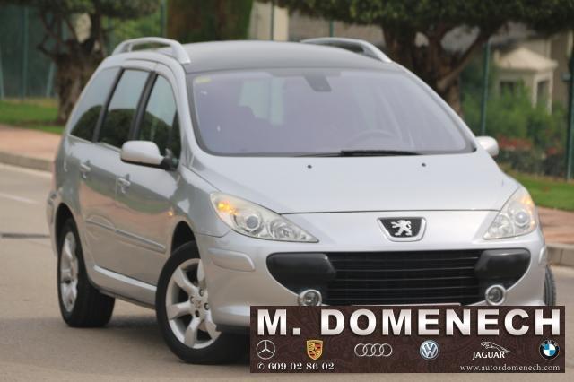 Peugeot 307 SW ocasión segunda mano 2006 Gasolina por 7.750€ en Málaga