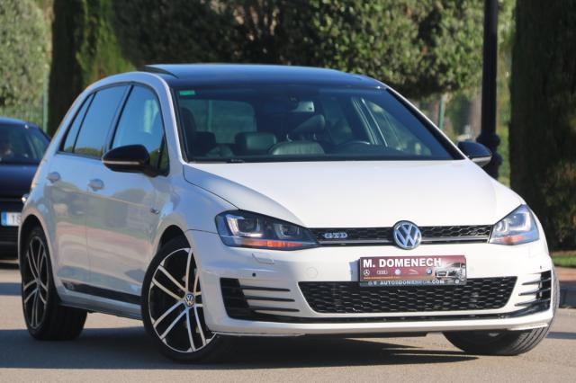 Volkswagen Golf ocasión segunda mano 2015 Diésel por 19.780€ en Málaga