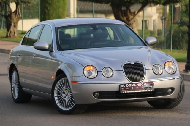 Jaguar S Type ocasión segunda mano 2006 Diésel por 11.500€ en Málaga