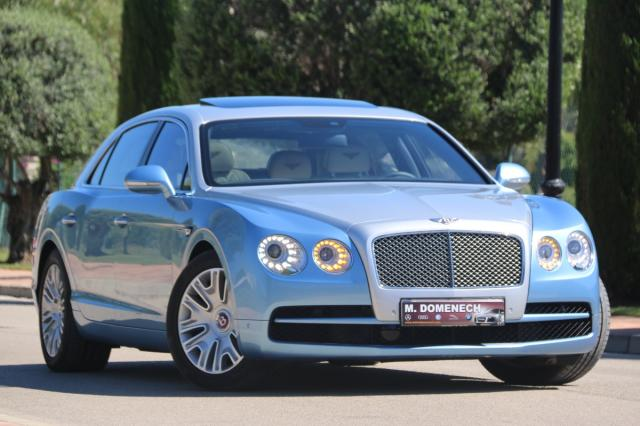 Bentley Flying Spur ocasión segunda mano 2015 Gasolina por 135.900€ en Málaga